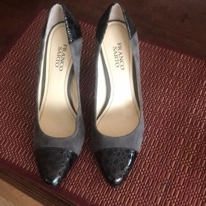 Block heels with reptile trim.